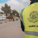 كوادر ومتطوعو العتبة العلوية يساهمون في حملات تأهيل شوارع مدينة النجف الأشرف